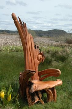 Driftwood art. Now that's a piece of wood I wouldn't mind sitting on
