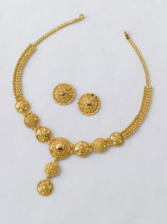 This Nababorsho, bring home something new:  Necklace - 13.000 gm Rs.45560/- Earring - 4.000 gm Rs. 14000/-
