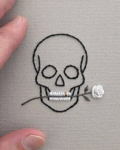 Simple looking embroidered skull and rose in teeth - . Simple looking embroidered skull and rose in teeth - Knitting , lace pro. Hand Embroidery Stitches, Cross Stitch Embroidery, Cross Stitch Patterns, Simple Embroidery, Embroidery Ideas, Rose Embroidery, Sewing Stitches, Embroidery Patches, Cross Stitch Skull