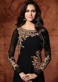 Kurti Embroidery Design, Embroidery Fashion, Embroidery Dress, Dress Indian Style, Indian Dresses, Indian Wear, Iranian Women Fashion, Indian Fashion, Casual Asian Fashion