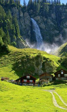 Water fall of Klausen Pass