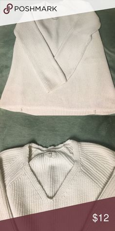 Lou & Grey Lou & Grey white sweater with a V cut. Normal wear and tear with some pilling that you can easily remove. Last pic is an outfit inspo Lou & Grey Sweaters