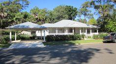 Garden Shed Colourbond Beach Houses Ideas Exterior Paint Colors, Exterior House Colors, Exterior Design, Exterior Houses, Julia's House, House Front, House Cladding, Facade House, House Facades