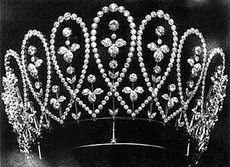 Tiara Mania: Queen Mary of the United Kingdom's Diamond Loop Tiara
