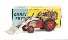 Mettoy Corgi diecast No.57 Massey Ferguson 65 Tractor with fork 1963-66