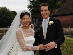 thr wedding of the Hon. Willaim Astor to Lohralee Stut, September 2009, the bride wore a tiara with five diamond stars