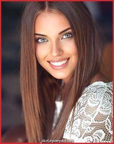 Image Beauty Face III Beachbikini's in Beauty Face III - Beachbikini's album Most Beautiful Faces, Beautiful Girl Image, Stunning Eyes, Gorgeous Eyes, Beautiful Smile, Gorgeous Women, Very Beautiful Woman, The Most Beautiful Girl, Beautiful Babies