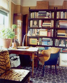 markham roberts study desk chair