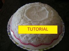 Tutorial per inamidare i lavori all'uncinetto con acqua e zucchero - YouTube Diy And Crafts, Cake, Italian Meatloaf, Handmade, Meatloaf Recipes, Video, Youtube, Tools, Patterns