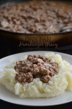 Recipe - One Pan Hamburger Gravy Recipe by the36thavenue.com Main dish, side dish, hamburger