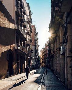 Street life | Vida de calle #nicanorgarcia #architecture