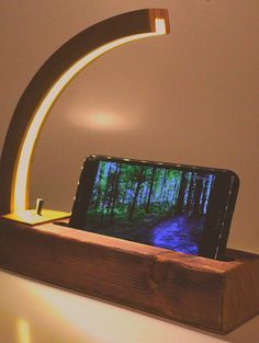 Jirafo. Wood Lamp, loft Trends, Dock station. Wood lamp for good people.