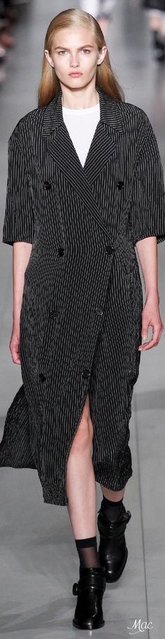 Spring 2016 Ready-to-Wear DKNY