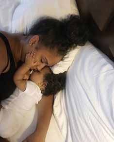 Pin by rosnice williams on mommy goals kids, parenting, baby family, mom, b Cute Mixed Babies, Cute Black Babies, Cute Baby Girl, Cute Babies, Cute Family, Baby Family, Family Goals, Pretty Pregnant, Pregnancy Goals