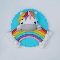 New cupcakes unicornio porcelana fria Ideas Unicorn Cupcakes Toppers, Unicorn Cake Topper, Fondant Toppers, Cupcake Tier, Cute Polymer Clay, Polymer Clay Projects, Unicorn Birthday Parties, Unicorn Party, Clay Magnets