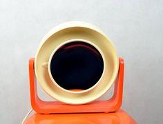 Funky orange Allibert Doppel Leucht Spiegel Schminkspiegel mit Lampe Space Age Design aus den 70er von ShabbRockRepublic auf Etsy