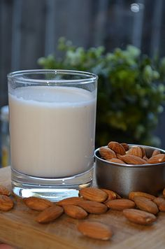 homemade almond milk with link to almond pulp recipes
