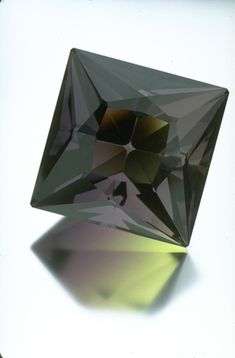 Fluorite (G10031) from the National Gem Collection