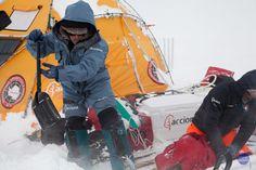 Expedición Acciona Antártida 90ºS - 2011 / 2012 con Ramón Larramendi.