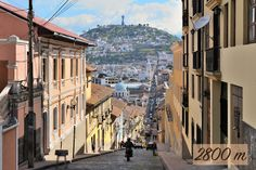 Did you know that #Quito is at 2800 meters (9350 feet) altitude and it is the highest official capital city in the world? Come and visit us!! www.hotelpatioandaluz.com