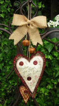 ~ Button Your Heart ~ The Bells, Buttons & Bow are a nice touch....