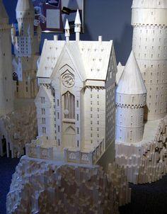 Hogwarts made from matchsticks. Mind blowing!