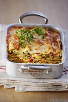 vegetarian lasagna healthy \ vegetarian lasagna ` vegetarian lasagna recipe ` vegetarian lasagna easy ` vegetarian lasagna healthy ` vegetarian lasagna soup ` vegetarian lasagna roll ups ` vegetarian lasagna recipe easy ` vegetarian lasagna zucchini Healthy Vegetarian Lasagna, Healthy Lasagna Recipes, Veggie Recipes, Seafood Recipes, Vegetarian Recipes, Cooking Recipes, Easy Lasagna Recipe With Ricotta, Classic Lasagna Recipe, Risotto