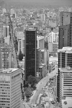 BOGOTA-Colombia. Colección fotográfica de La Unidad Especializada en Ortopedia y Traumatologia www.unidadortopedia.com PBX: 6923370, Móvil: 314-2448344 Bogotá, Colombiaa