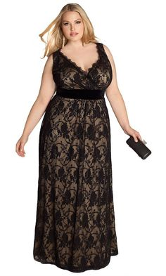 Plus Size Giselle Lace Gown