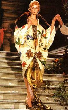 Galliano for Dior 20s Fashion, Fashion History, Art Deco Fashion, Retro Fashion, High Fashion, Vintage Fashion, Fashion Design, Paul Poiret, John Galliano