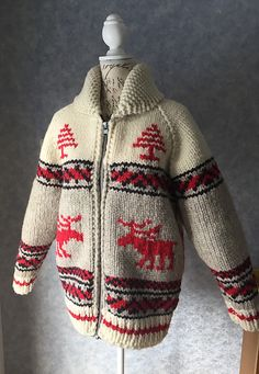 Ravelry: Rocky Mountain Moose pattern by Darling Deviance, knit in Briggs & Little Country Roving Sweater Knitting Patterns, Knitting Designs, Knit Patterns, Vogue Patterns, Vintage Patterns, Knitting Projects, Vintage Sewing, Sewing Patterns, Knit Jacket