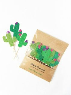 Fiesta Party - Fiesta Cupcake Towels, Cactus Cupcake Towels, Cactus Towels, F . Kaktus Cupcakes, Paper Towel Crafts, Wild West Party, Mexican Fiesta Party, Fiestas Party, Taco Party, Party Pops, Pink And Purple Flowers, Party In A Box