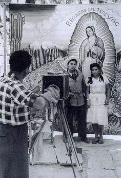 Villa de Guadalupe, Mexico City - Nacho Lopez, 1950