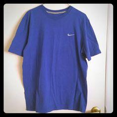 Unisex Nike Tshirt, size large Preloved, good condition Unisex, size large, royal blue color Nike Tops Tees - Short Sleeve