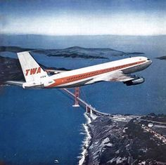 Domestic Airlines, Boeing 707, Golden Gate Bridge, Looking Up, Aviation, Aircraft, Aeroplanes, Sky, Airports