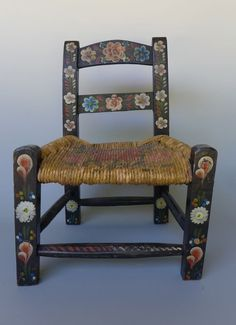 """Old vintage Mexican hand painted black wood child's chair 17"""" tall"""