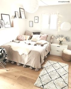 Zimmer Mädchen Teenager - Zimmer Mädchen Teenager, Sie sind an der richtigen Stelle für healthy - Cute Bedroom Ideas, Cute Room Decor, Girl Bedroom Designs, Room Ideas Bedroom, Small Room Bedroom, Small Rooms, Double Bedroom, Bedroom Bed, Apartment Bedroom Decor