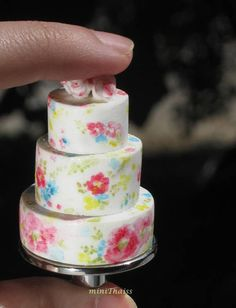 Dollhouse Miniature Wedding or Birthday Cake Dollhouse