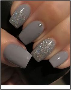 10 Best Grey Nail Polishes Awesome gray nail polish to try Related Perfekte und herausragende Nageldesigns pro den Winter Cute Nail Designs & Looks for 2019 Grey Nail Polish, Gray Nails, Nail Polish Colors, Nail Polishes, Color Nails, Nail Nail, Grey Nail Art, Classy Nail Art, Elegant Nail Art
