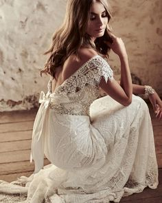 Beautiful Wedding Gowns with gorgeous details | wedding dresses #weddingdress #laceweddingdress #weddinggown #weddingdresses