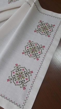 Hand Embroidery For Beginners Hand Embroidery For Beginners Embroidery Designs Aari Embroidery Machine For Beginners Cross Stitch Gallery, Cross Stitch Borders, Cross Stitch Flowers, Cross Stitch Designs, Cross Stitching, Cross Stitch Embroidery, Embroidery Patterns, Hand Embroidery, Cross Stitch Patterns