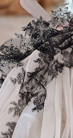 Stephane Rolland Haute Couture Spring 2015 Detail
