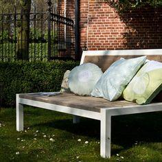 Relaxbank steigerhout met stalen frame van PURE Wood Design   Markita.nl