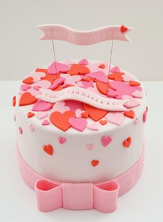 pink and red hearts cake by mysweetdear.com