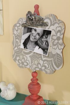 Display an important message, photograph or work of art with this coral, white & gray message clip board.