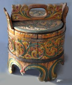 Norwegian butter box with original paint (inventory for sale info@singkiang.com)