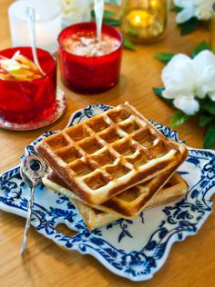 Belgian Waffles, Tasty, Yummy Food, Strawberry Jam, Cottage Cheese, Gluten Free Recipes, Free Food, Apples, Cooking