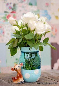Easy DIY Painted Mason Jar Vase