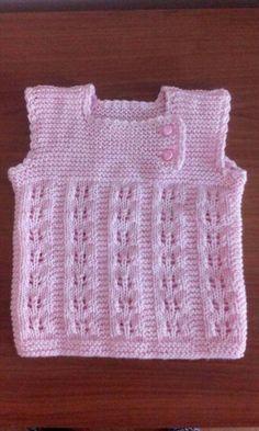 How to Crochet A Baby Hat: Newborn - Crochet Hood Baby Cardigan Knitting Pattern, Baby Knitting Patterns, Free Knitting, Crochet Hood, Chunky Crochet, Knit Baby Sweaters, Newborn Crochet, Baby Hats, Baby Dress
