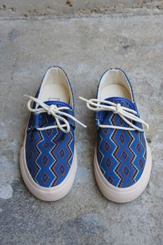 YMC Navajo Shoe - Womens / Arrow & Arrow